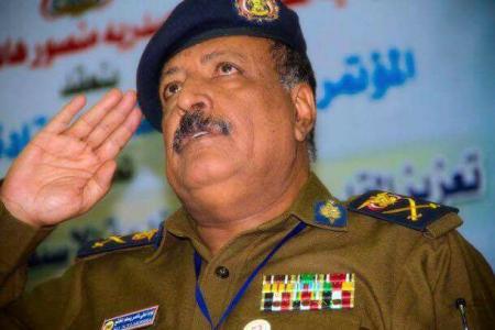 السفير لخشع يعزي الوكيل رشاد شايع في وفاة شقيقه