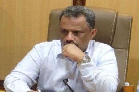 مدير عام شركة عدن لتطوير المؤانى يبعث برقية عزاء ومؤاساه إلى آل مهدي الشعبي وآل عقيل العطري