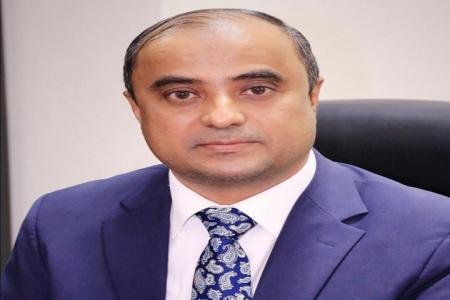 وزير المالية يدين الجريمة الإرهابية التي استهدفت وزير الزراعة ومحافظ عدن